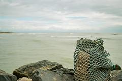 Emmailloté (Fabrice Denis Photography) Tags: seascapephotography kodakultramax400 ocean argentique coastal oceanphotography seascapes seascapephotos seascapephotographer coastalphotography nikonf100 sea saintpierredoléron nouvelleaquitaine france fr