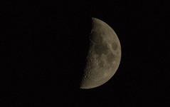 Halbmond (Tilman R) Tags: mond krater halbmond moon space weltraum astronomie