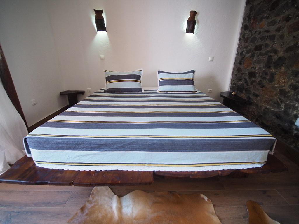 schimmel im schlafzimmer bett kleiderschr nke k ln schlafzimmer m bel ideen komplett set poco. Black Bedroom Furniture Sets. Home Design Ideas
