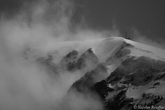 Signal de Bassia (Nicolas Rouffiac) Tags: bw nb monochrome clouds cloud nuage nuages montagne montagnes mountain mountains bassia france pyrenees pyrénées