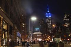 Empire State Building by night (mariemièze) Tags: canonphoto photobycanon canon1200d canon cano night traveling travel trip unitedstates usa newyorkcity newyork nyc ny empirestatebuilding