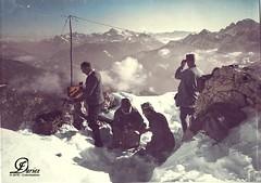 Tragbare Funkstation (Rucksackstation) beim Senden auf dem Gisnitz - 1916 (Chicken 62) Tags: ww1 austrian 1916