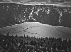 Frost L4ke (M4x G4x) Tags: blackwhite bw blackandwhite lake lac vosges gel gelé frost frozen sapin cirque mountain montagne fissure cracked neige snow massif