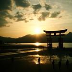 宮島-嚴島神社的海中鳥居 thumbnail