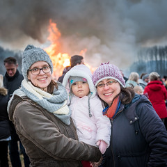 Nicole, Eve and Matina (stephanrudolph) Tags: people friends family d750 nikon handheld deutschland europe eurpopa germany bielefeld nrw square 2470mm 2470mmf28g 2470mmf28