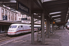 DB 402 003-8 with a Basel-Dusseldorf train calling at Wuppertal on 14April2005 (mikul44171) Tags: 402003 4020038 wuppertal hbf db ice