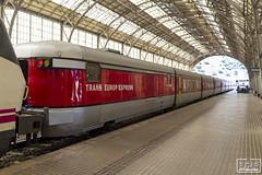 Talgo III RD (Escursso) Tags: estacio 252 252061 adif barcelona catalan iii portbou rd renfe talgo talgoiiird historic railway station train tren