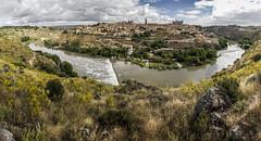 Toledo (kike.matas) Tags: canon canoneos6d canonef1635f28liiusm kikematas toledo españa panorámica riotajo paisaje rio agua nubes ciudad cielo lightroom6 castillalamancha