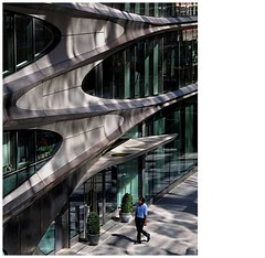 The ZaHa HaDiD BuilDinG | NeW YorK (rocami19) Tags: leica dlux 5