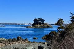The house on a rock (ole_G) Tags: clingstone ri rhodeisland narragansettbay