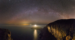 A043329 - An Island universe (under 30) (Robalabob1) Tags: light house lighthouse south stack ynys mon anglesey wales milkyway stars night astro astrophotography nightscape landscape