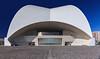 Rückseite des Auditoriums in Santa-Cruz (ulrichcziollek) Tags: spanien kanaren kanarischeinseln teneriffa tenerife santacruz calatrava auditorio