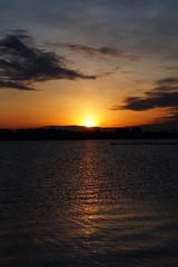 Last rays (Steenjep) Tags: solnedgang sunset jylland herning denmark fuglsangsø lakefuglsang fuglsang lake sø reflex sky himmel cloud