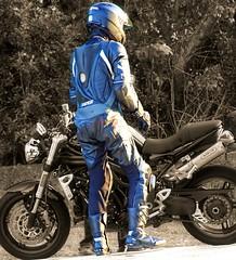 TRIUMPH (driver Photographer) Tags: 摩托车,皮革,川崎,雅马哈,杜卡迪,本田,艾普瑞利亚,铃木, オートバイ、革、川崎、ヤマハ、ドゥカティ、ホンダ、アプリリア、スズキ、 aprilia cagiva honda kawasaki husqvarna ktm simson suzuki yamaha ducati daytona buell motoguzzi triumph bmv driver motorcycle leathers dainese motorcyclist motorrrad