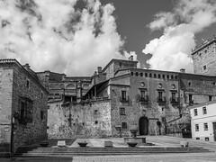 Plasencia | Cáceres | 2018 (Juan Blanco Photography) Tags: cáceres monocromo parador pueblos calles extremadura plasencia bn españa es mono
