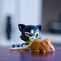 cat and mouse (amonclack) Tags: lego legophotography toyphotography cats meow catlovers