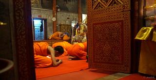 Monks praying at mountain temple - Chiang Mai, Thailand