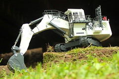 Back yard mining (cheliman) Tags: collection diecast mining construction scalemodel