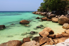 Pattaya Beach, Koh Lipe, Thailand (Fedor Odegov) Tags: pattaya beach koh lipe thailand satun sea andaman stones water ocean