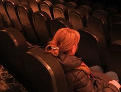 Seule, un instant (nicoleforget) Tags: cinéma salle bancs lumière femme