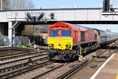 66130 Eastleigh 05/04/18 (Woolwinder) Tags: ukclass66 66130 ewsdbschenker eastleigh hampshire england lswr southernrailway