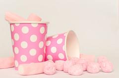 pink (inma F) Tags: colores golosinas rosa stilllife vaso pink sweet caramelos fiesta party celebration birthday celebración papel color colour candy marshmallow nube gominola goodies chuche chucheria