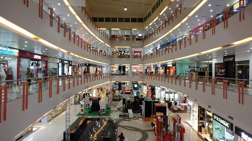 M O G Mall Malang.