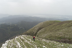 Salendo il Pedone (Luca Rodriguez) Tags: pedone prana lucarodriguez metato apuane alpiapuane camaiore versilia toscana tuscany montagna mountain trekking hiking