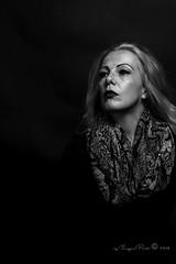 Marlene Dietrich-283-2 (Adriana.Britto) Tags: ensaio retrato portrait foto photo fotografia photography loira blonde blond model mature blackwhite blackandwhite pb pbr pretoebranco people art