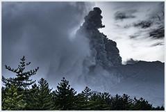 no way to run (i.v.a.n.k.a) Tags: ivanahesova ivanadorn sonyalpha eruption volcanoes volcano active sakurajima minamidake southernpeak japan kyushu