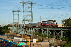 The One and Only (sully7302) Tags: metro north mncw gp40ph2 geep gp40 newark bridge train trains transit nj emd golden hour railroad lackawanna dlw new jersey
