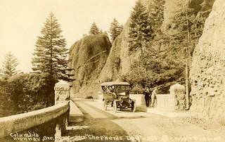 Shepperds Dell Bridge, Columbia River Highway, Oregon, ca. 1920s