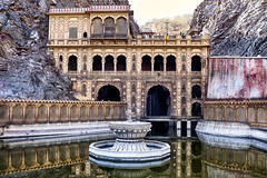 India: The Monkey Temple. (icarium82) Tags: india travel monkeytemple galtajitemple hindu shrine galava krishna acharyapeetham galtaji rajasthan jaipur architecture sonydscrx1rm2 sundaylights