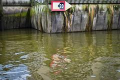der aktuelle Stand ///// the current status (Pixelchen1) Tags: nikon5500 nikonafs35mm114g hafen harbour water wasser hamburg