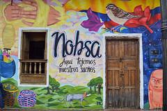 Puertas y Ventanas (Tato Avila) Tags: colombia colores cálido casas arquitectura ventana puerta boyacá nobsa nikon fachadas colorido colonial colombiamundomágico