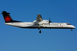 C-GGDU (Air Canada express - JAZZ)