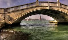 Venezia : POV - 42 (Roberto Defilippi) Tags: 2018 232018 rodeos robertodefilippi nikond7100 tokina1116mmf28 ponte bridge venezia venice pov
