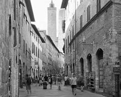 San Gimignano, one of the jewels of Tuscany (Steve Barowik) Tags: san gimignano italy italia tuscany toscana nikond750 fx fullframe barowik stevebarowik sbofls26 holiday vacanza chianti vacation unlimitedphotos wonderfulworld quantumentanglement lovelycity 50mmf14g nikkor prime viasangiovanni