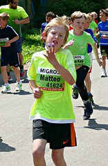 Stitch (Cavabienmerci) Tags: switzerland suisse schweiz grand prix von bern de berne run runner runners race laufen lauf läufer course à pied coureur coureurs junge jungen youth enfants enfant kid kids child children boy boys