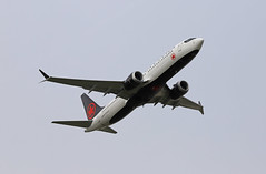 Boeing 737 MAX 8 (Andrew Edkins) Tags: boeing737max8 aircraft aviaition flight flying sky light aircanada cftjv passenger jet geotagged canon londonheathrow airport april spring 2018 travel trip takeoff feltham