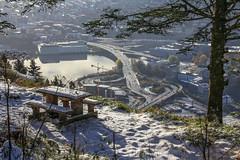 Lunch in Bergen (Dan Österberg) Tags: bergen lunch view mountain fløyen scenery city traffic tree snow winter