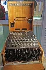 D18033.  Enigma Machine. (Ron Fisher) Tags: enigma enigmamachine ciphermachine crw cabinetwarrooms churchillwarrooms churchill winstonchurchill ww2 wwii worldwar2 worldwarii 2ndworldwar london gb greatbritain uk unitedkingdom europe europa sony sonyrx100iii sonyrx100m3 underground
