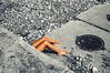 Doux constraste - Soft contrast (Chris, photographe de rue niçois (Nice - French R) Tags: photographiederue photographiecontemporaine artgalleryandmuseums artmoderne artcontemporain modernart contemporaryphotography streetphotography