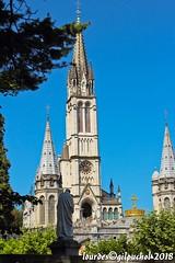 Lourdes 199-A (José María Gil Puchol) Tags: aquitaine basilique catholique cathédrale cierge eaumiraculeuse fidèle fontaine france handicapé jeanpaulii josémariagilpuchol lourdes paysbasque prière pélèrinage religion