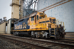 Cargill Classic (Wheelnrail) Tags: santa fe is greatest gp9u yellowbonnet atsf emd cargill bloomingburg ohio grain elevator