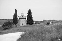 THE FAMOUS CHAPEL (LitterART) Tags: toskana tuscany toscana itlia italia italy italien fujifilm capelladivitaleta thewanderlust wanderlust