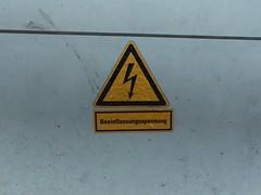 Exciting Influencer Marketing (mkorsakov) Tags: dortmund hbf bahnhof mainstation sticker aufkleber danger gefahr starkstrom highvoltage beeinflussungsspannung influencermurketing web20 hrhr hust minimal