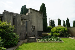 2018-05-FL-187582 (acme london) Tags: carloscarpa concrete grave graveyard italy landscape tombabrion