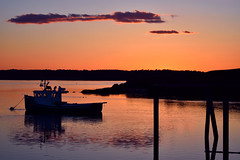 Pastel Sunsets (dalani.r) Tags: maine mainesunset sunset sun ocean oceansunset coastalmaine coastalsunsets coast eastcoast lobsterboat water dock
