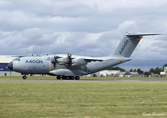 Airbus Industrie A400M EC-404 (birrlad) Tags: fairford ffd airbase raf riat royal international air tattoo airshow aircraft aviation airport airplane airplanes airdisplay flyby flyover flypast military airforce airbus industrie a400m ec404 a400 turboprops prop taxi taxiway takeoff departing departure runway transport demo prototype